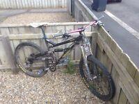 PRICE DROP!! BARGAIN!! Iron Horse Sachem 6.0 Enduro Mountain Bike