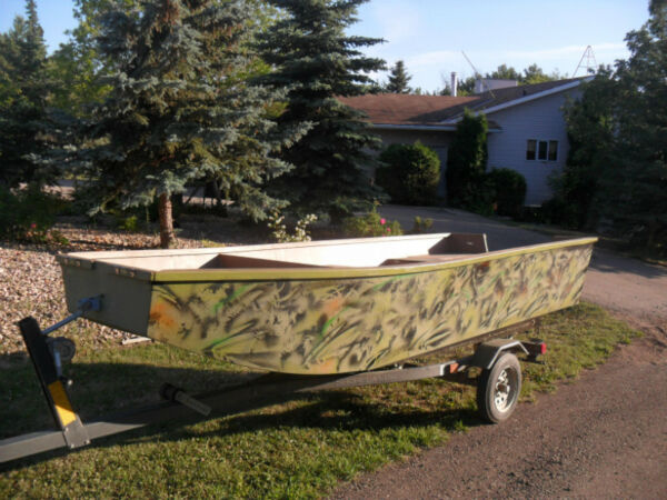 Used 1980 Starcraft 14ft Arctic Craft/Lund aluminum fishing boats, mot