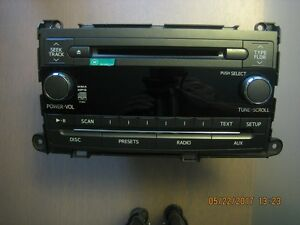 2014 Toyota Sienna Am/Fm/CD player