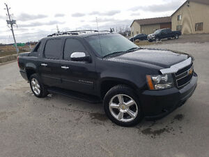 2012 Chevrolet Avalanche Pickup Truck 4x4