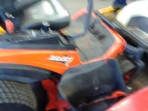 ZERO TURN MOWER Stratford Kitchener Area image 3