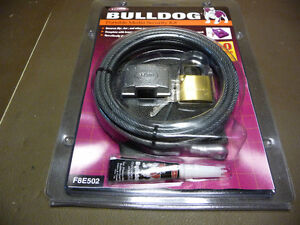 Laptop portable media security cable and lock kit Kitchener / Waterloo Kitchener Area image 1