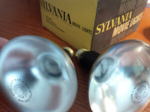 vintage antique sylvania movie lights  type BEP 300 watts new