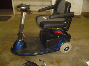 Electric Scooter w/ Scooter lift for vehicle Kawartha Lakes Peterborough Area image 6