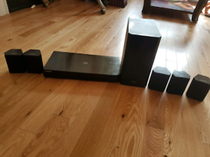 Samsung 3D Blue Ray player eith Home theatre System