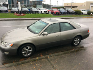 1997 Lexus ES 300 - $2950 OBO *PLUS SET OF WINTER TIRES ON RIMS*