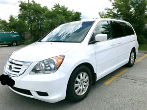 Honda Odyssey 2009 TOURING/LOW KMS