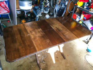Duncan Phyfe drop leaf dining room table w/ built in hidden leaf