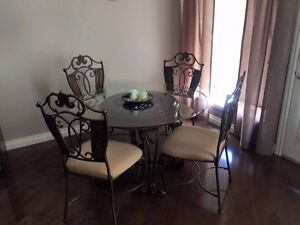 Gorgeous Glass and Wood Accent Dining Room Table and Chairs