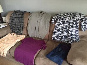 Maternity Clothes - 5 tops, 1 jean - large/XL