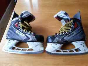 Bauer Vapor X60 junior hockey skates size 4