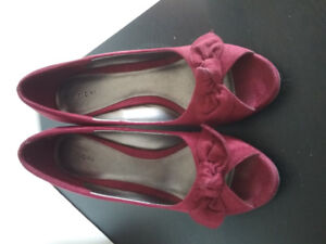 Shoes, various prices