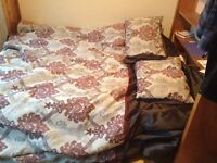 A very comfortable King size mattres and boxspring