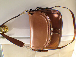 Aldo leather cross body handbag Gatineau Ottawa / Gatineau Area image 1