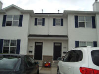 Lakewood  Bright&Spacious 3Br,1.5Bath,6Appl, Patio,$1495,July 1