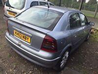 53 plate vauxhall Astra 1.6 petrol 5 door motd till 14/12/16