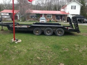 3 AXLE SKYHAULER FLOAT TRAILOR