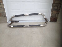 SPORTY HYUNDAI TUCSON  STAINLESS RUNNING BOARDS -MUST SELL