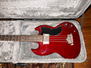 Brand new Epiphone bass Guitar great X mas gift