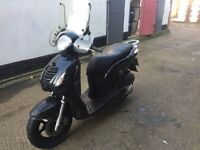 2008 Honda PS 125cc learner legal 125 cc scooter with mot.