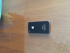 Vente RapidPrix Réduit ! iPhone 4s Fonctionne avec Fido a Vendre