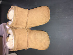 Beige Uggs with pink bows 12-18 months