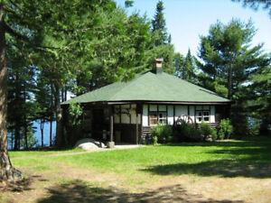 100$ Rabais pour Juillet  Chalet  accès au lac