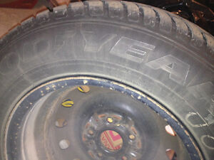 4 winter tires and rims $350 --- 205/70 R15 GoodYear Ultra Grip West Island Greater Montréal image 4