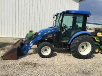 NEW HOLLAND 3050 TRACTOR WITH LOADER, 50 hp, CAB, AC, HEATER