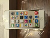 Brand New iPod Touch 6 / 32Gb Gold