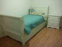 Trundle Bed / Night Stand