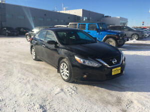 2016 Nissan Altima 2.5 S Sedan, locally owned