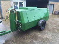 **FOR SALE ** sandblasting pot & compressor £6,200 ONO