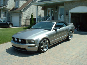 2008 Ford Mustang GT Premium Convertible seulement 19000 km !!!!