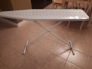 Ironing board-good condition