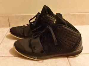 Men's Under Armour Micro G Funk Basketball Shoes size 12.