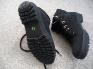 Brand New Black Winter Boots With Thinsulate - Size 5 Kitchener / Waterloo Kitchener Area image 2