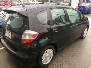 2010 honda fix LX black, wonderful condition