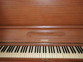 Schonberg Upright Piano for free