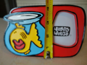 3 Cute Happy House Fish Bowl Poly Resin Picture Frames $5/each Kitchener / Waterloo Kitchener Area image 6
