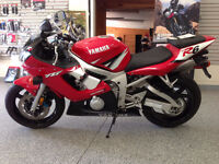 2002 Yamaha R6 Sport Bike - Low KM - 1 Owner