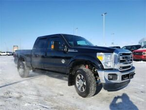 2016 Ford Super Duty F-350 SRW Lariat LOW KMS!