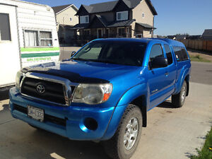 2006 Toyota Tacoma Access Cab with Canopy