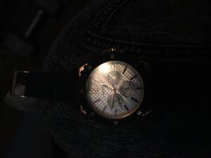 Guess watch (needs battery?