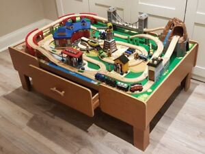 IMAGINARIUM ROCKY MOUNTAIN TRAIN SET + LOTS OF EXTRAS!!!