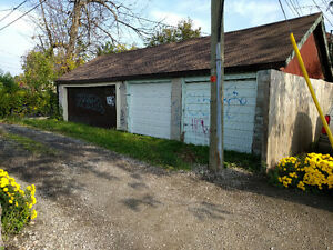 $375 Double Car Garage Storage on Wyandotte and Campbell Windsor Region Ontario image 5