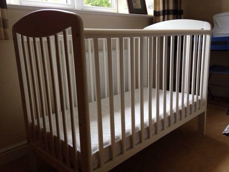 Mamas And Papas Cot In Kelsall Cheshire Gumtree