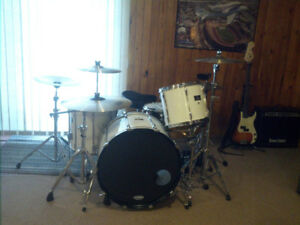 4pc Pearl Export drums
