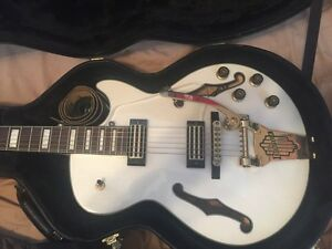 Ibanez AGR73T- hollow body
