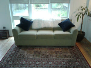 3-person Couch for Sale!